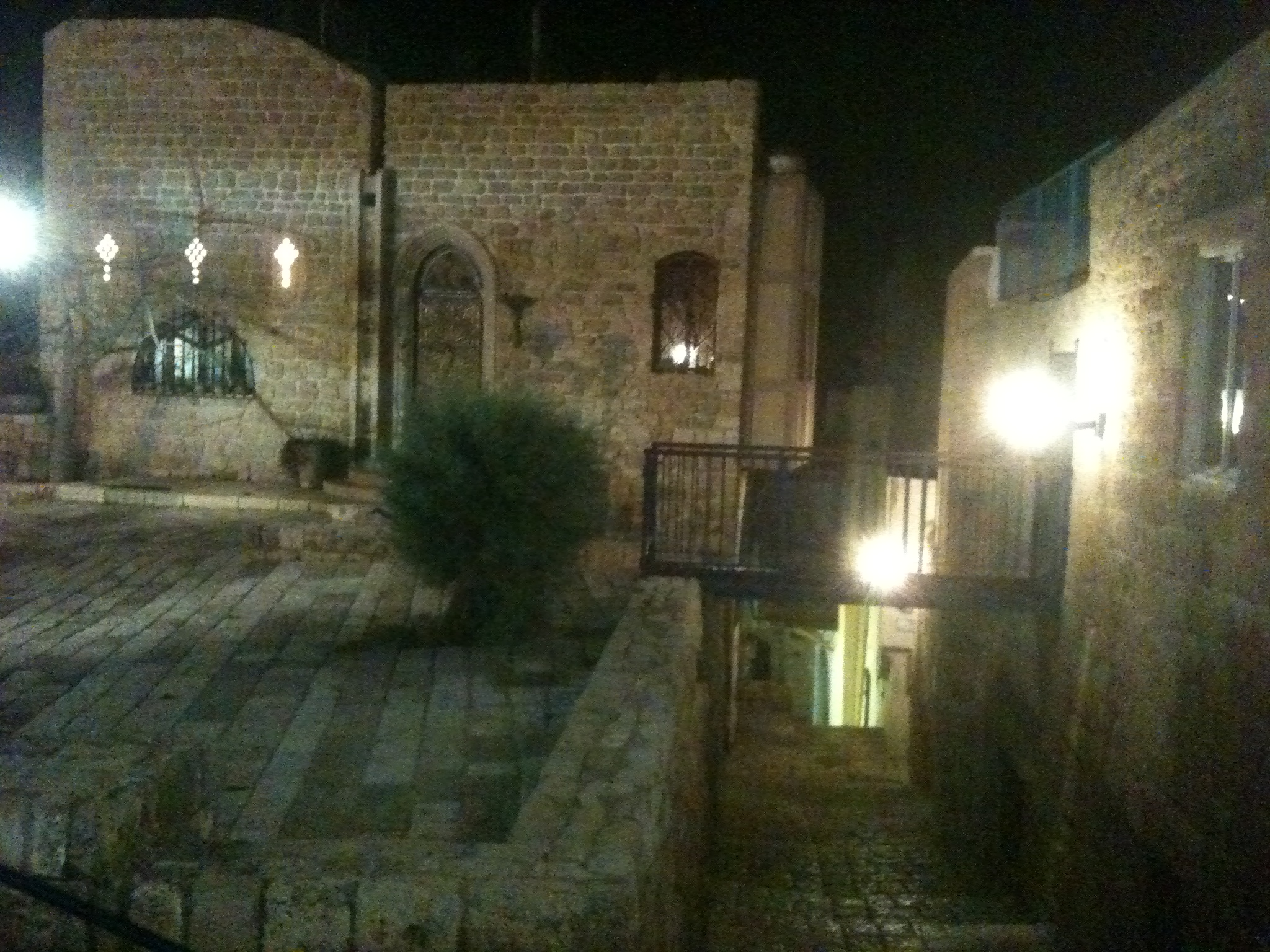 Old Jaffa, which dates back to a history of 4000 years and where alrady the Egyptian empire stationed a garrison.